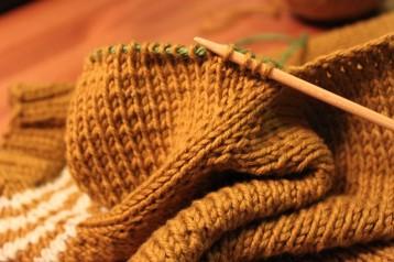 Kết quả hình ảnh cho Picking up stitches to knit